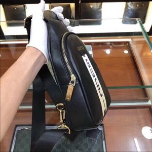Across the shoulder Gucci bag